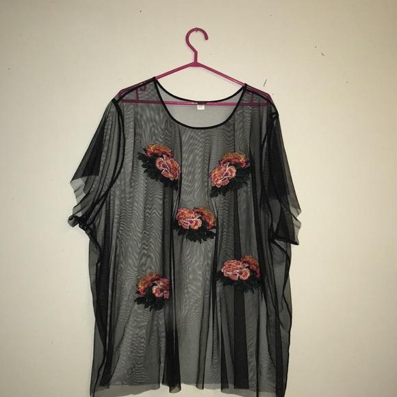 ❤️TORRID ❤️ Mesh Floral Top